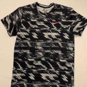 Nike Tennis Shirt (Small) - Stretchy
